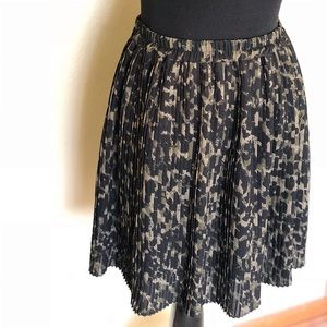 H&M pleated skirt size S
